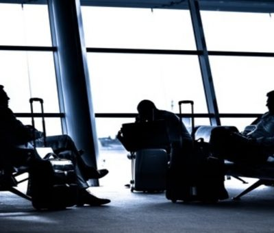 10 Easy Tips for Coping with Airport Delays at Thanksgiving