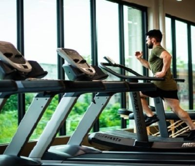 How to Survive Your First Day at the Gym